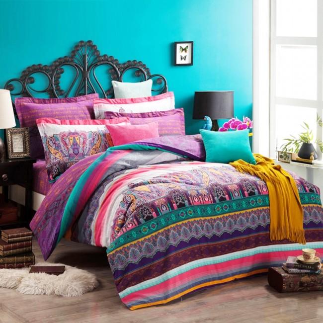 Эффектная спальня в стиле бохо
