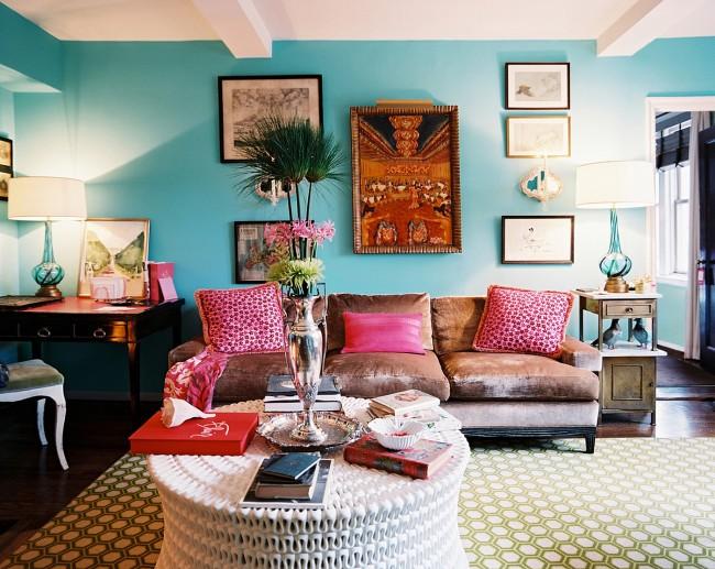 Цветовой микс в дизайне гостиной
