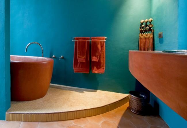 По словам психологов, терракотовый цвет поможет вам расслабиться. Сочетание с бирюзовым в южноамериканской ванной