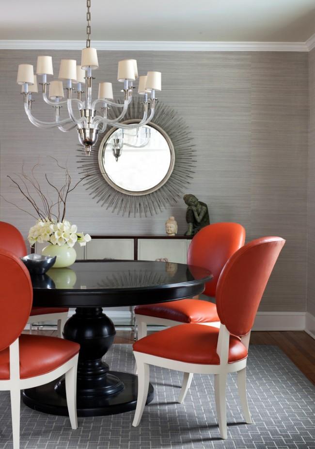 Ретро-оттенки терракоты в интерьере столовой, оформленной в серых тонах