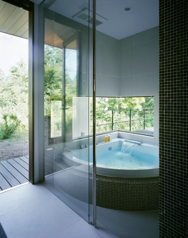 Появление угловых ванн стало настоящей революцией в мире сантехнических устройств