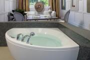 Фото 20 65 Идей угловых ванн в интерьере: всё о существующих видах, размерах и формах