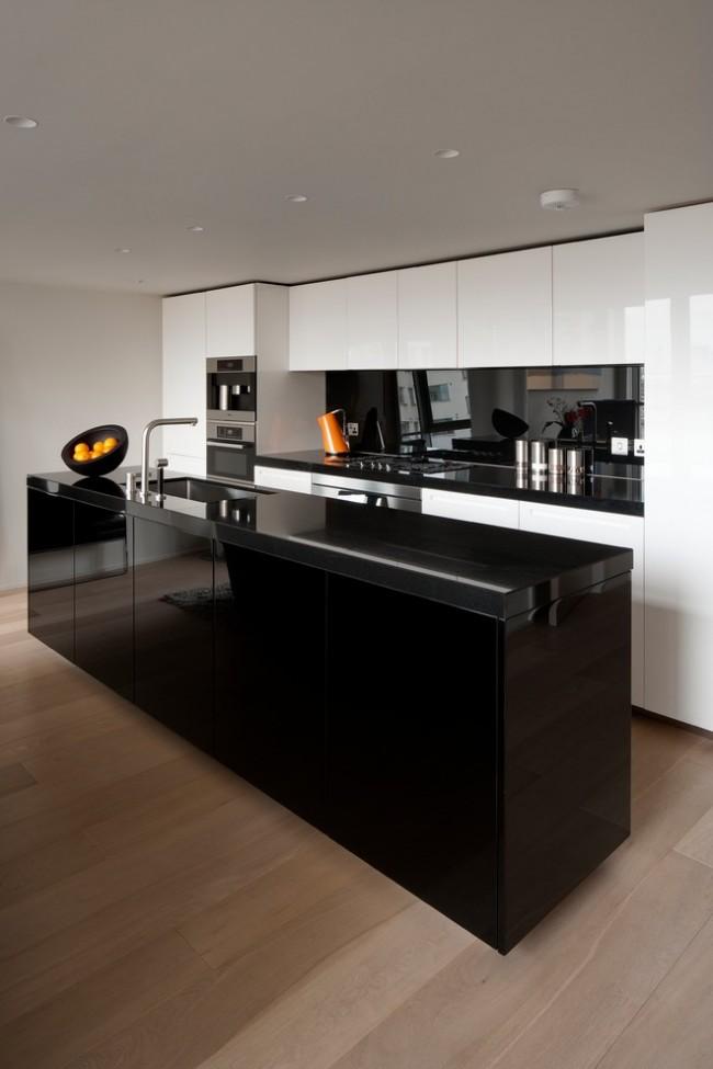 Глянцевая черно-белая кухня в стиле модерн