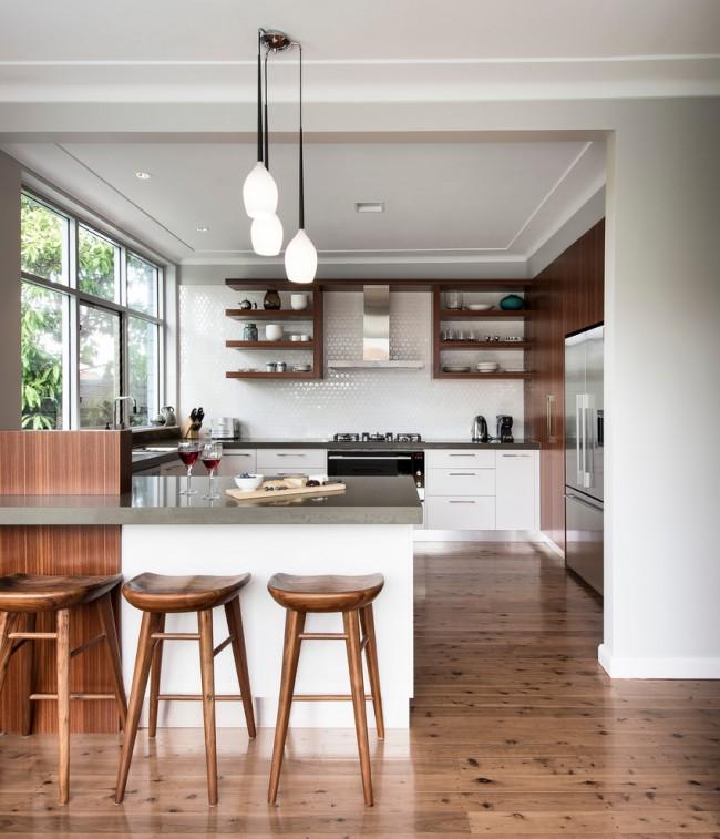 Современная кухня с серой столешницей под кварц