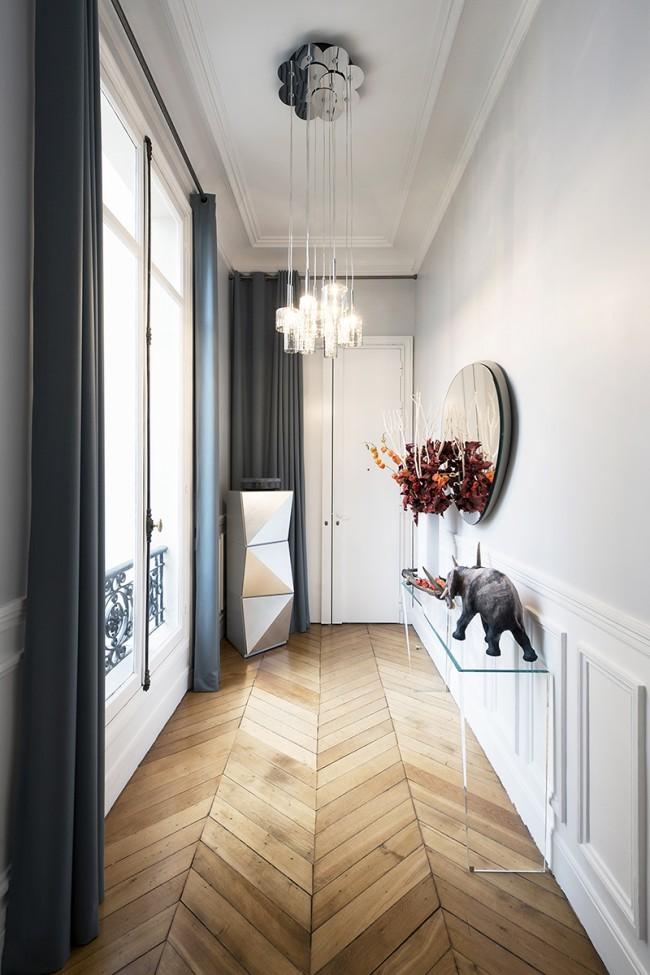 Дизайн коридора. Если в коридоре есть окна, то освещение может быть символическим и нести чисто декоративную функцию