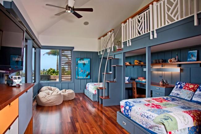 Если пространство в вашей комнате не очень большое, а комнату хочется сделать более оригинальной отличным вариантом для создания дополнительного места будет кровать с лестницей