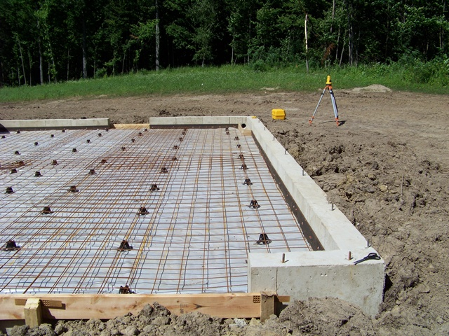 Заливка фундамента для летней кухни открытого типа