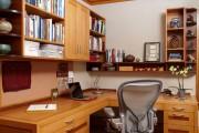 Фото 7 Угловой компьютерный стол: 40 идей практичных вариантов для домашнего офиса