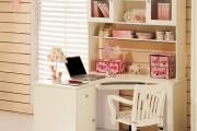 Фото 3 Угловой компьютерный стол: 40 идей практичных вариантов для домашнего офиса