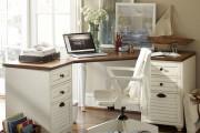 Фото 13 Угловой компьютерный стол: 40 идей практичных вариантов для домашнего офиса