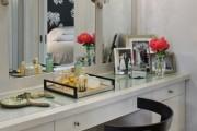 Фото 25 Шикарные реализации туалетного столика с зеркалом в интерьере (фото)