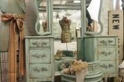Фото 36 Шикарные реализации туалетного столика с зеркалом в интерьере (фото)