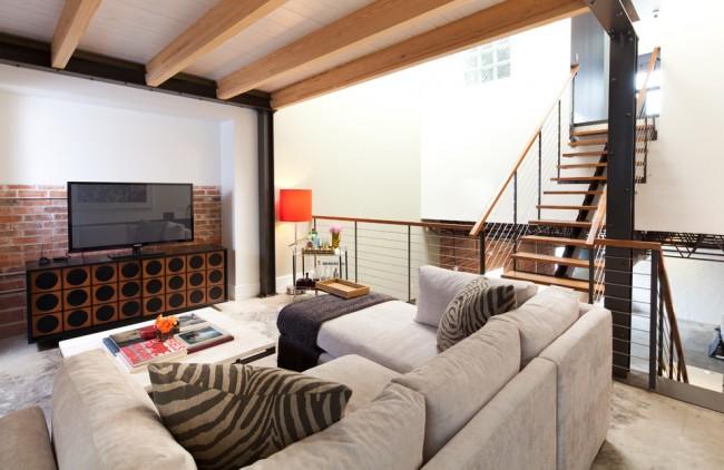 Этот предмет мебели не должен сильно выделяться, кроме случаев, когда в этом и состоит дизайнерский замысел – выделить его и сделать главным украшением комнаты