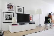 Фото 14 Тумбочка под телевизор: 45 современных идей для гостиной (фото)