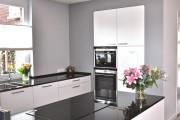 Фото 9 Вытяжки для кухни: ТОП-10 функциональных и современных моделей для любой кухни