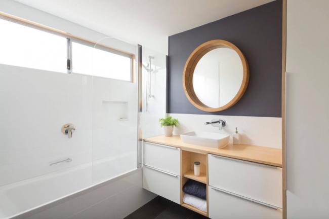 Современное оформление ванной комнаты с помощью дизайнерской сантехники компании Geberit