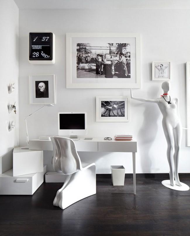Черно-белый хай-тек в просторном домашнем кабинете