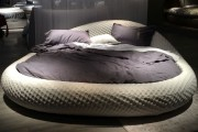 Фото 4 Круглая кровать в спальне: необычно и очень практично (фото)