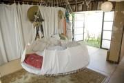 Фото 3 Круглая кровать в спальне: необычно и очень практично (фото)