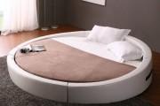 Фото 17 Круглая кровать в спальне: необычно и очень практично (фото)