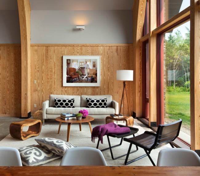 Панельные ламели в панорамной гостиной комнате