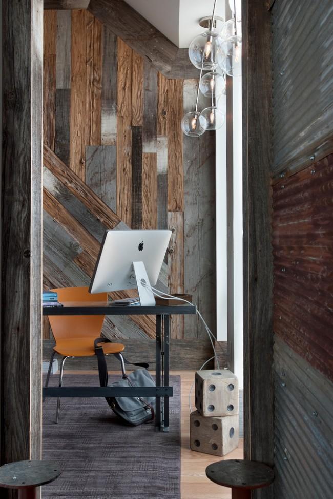 Сочетание сразу нескольких нестандартных способов укладки ламелей разных цветов при отделке стен современного домашнего офиса