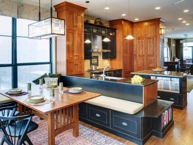 Оживлению пространства вашей кухни и созданию гостеприимной атмосферы в столовой зоне будут только способствовать люстры вытянутых необычных форм над столом