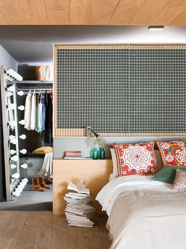 Часть спальни у изголовья кровати можно можно забрать для гардеробной