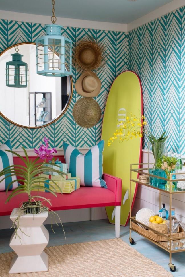Гостиная комната в сочных летних тонах