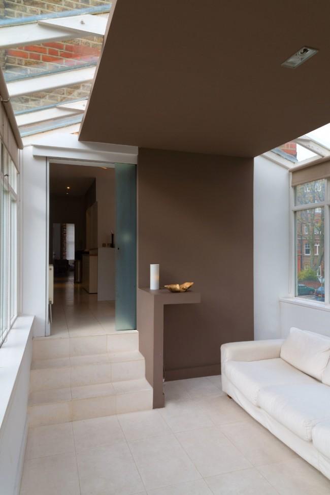 Гипсокартонная отделка квадратного балкона
