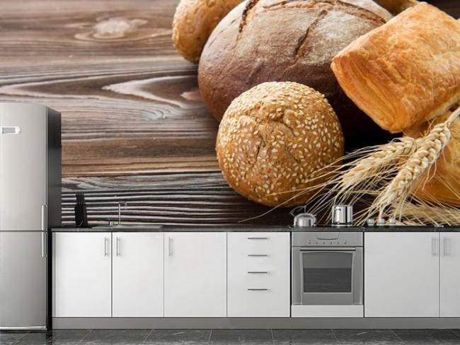 Одно из главных правил - правильно подобрать рисунок на обоях для кухни