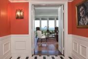 Фото 1 Плитка на пол в коридоре: 55 практичных решений дизайна прихожей (фото)