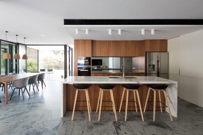 Красивый подвесной потолок из гипсокартона — это одна из самых доступных возможностей подчеркнуть дизайн комнаты