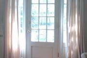 Фото 16 30+ Идей штор на двери: изящный декор для дверных проемов