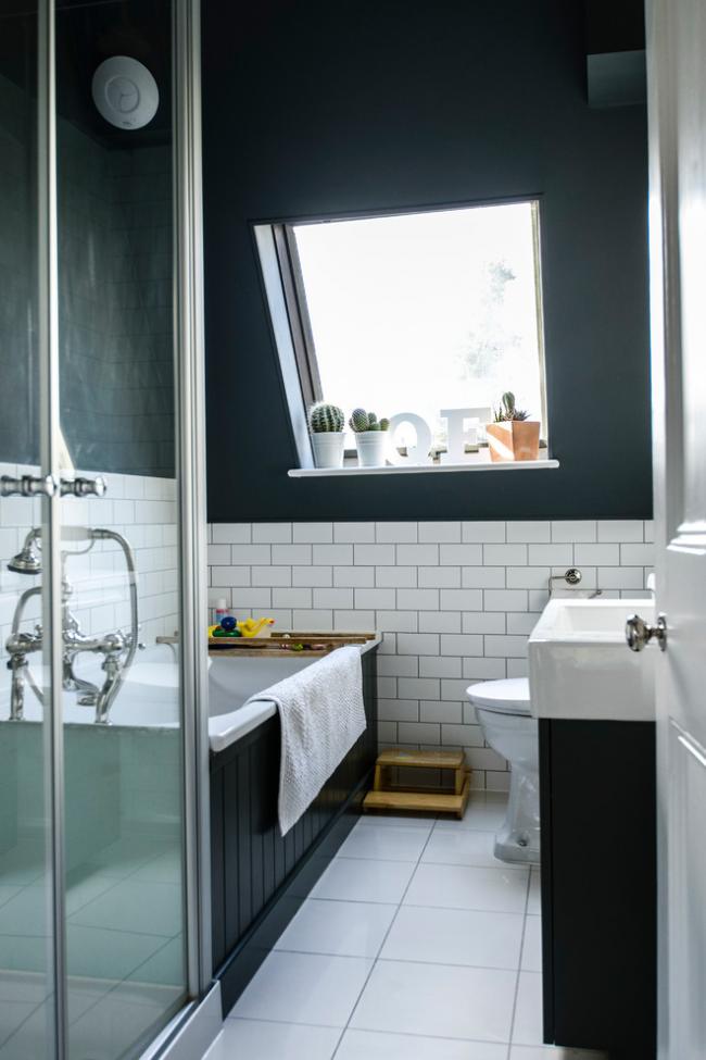 Маленькая уютная ванная в стиле прованс