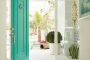 Фото 3 Интерьер прихожей в частном доме: 30+ практичных идей и нюансов отделки