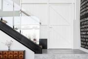 Фото 18 Интерьер прихожей в частном доме: 30+ практичных идей и нюансов отделки