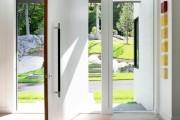 Фото 2 Белые двери в интерьере: 30+ лучших дизайнерских идей и решений
