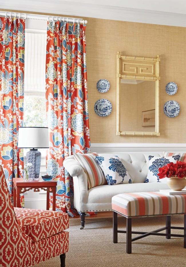Яркие шторы придадут свежести вашему интерьеру