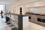 Фото 5 Дизайн кухни с барной стойкой: 40 трендов для современного и практичного интерьера