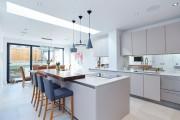 Фото 15 Дизайн кухни с барной стойкой: 40 трендов для современного и практичного интерьера