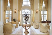 Фото 9 Нестареющая классика: 65+ элегантных вариантов мебели для гостиной в классическом стиле