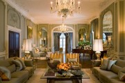 Фото 23 Нестареющая классика: 65+ элегантных вариантов мебели для гостиной в классическом стиле