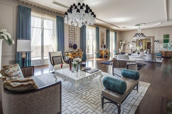 Роскошные апартаменты в классическом стиле