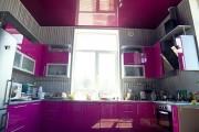 Фото 5 Натяжной потолок на кухне: можно ли делать и 70+ дизайнерских фотоидей  для глянцевого и матового финиша