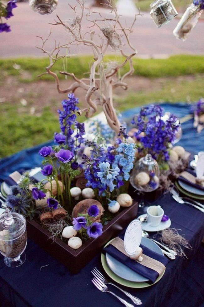 Синий цвет в оформлении свадебного стола