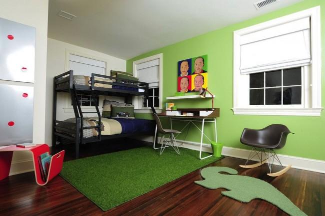 Яркие цвета в спальне мальчика тоже будут кстати. Если говорить о зеленом, как на фото, то ключевую роль для настроения хозяина комнаты будет играть теплота цвета