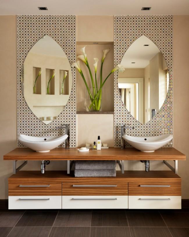 Особое внимание, при оформлении ванной комнаты в стиле кантри, стоит обратить на мебель и сантехническое оборудование, лучше всего использовать светлые оттенки: медь, бронза латунь или же древесные цвета