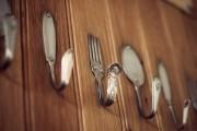 Фото 17 Декор из старой посуды: 55 вдохновляющих идей, которые оживят ваш интерьер
