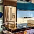 Кухня хай-тек: бескомпромиссная функциональность в интерьере фото
